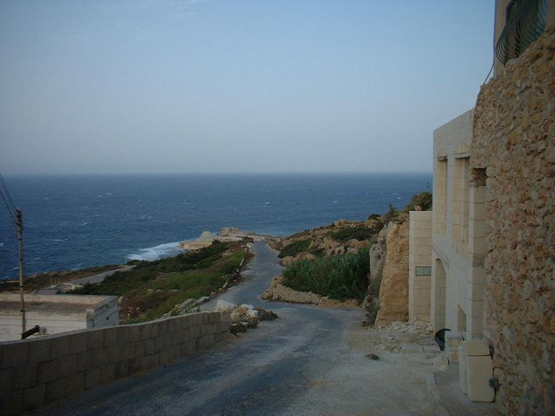Strada verso Xwejni Bay/Road to Xwejni Bay (Com'era/How it was)