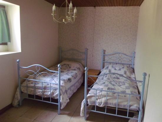 Twin bedroom on ground floor.