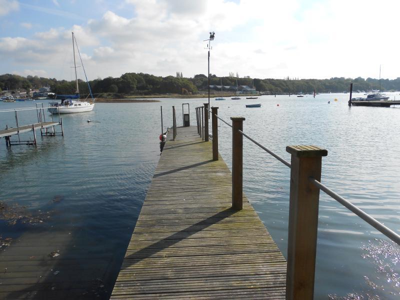Private pontoon on Wootton Creek