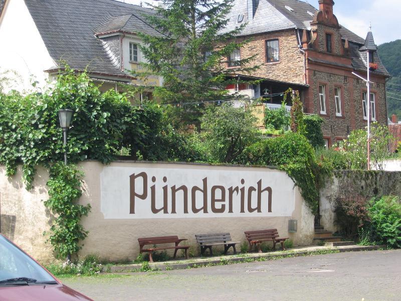 Punderich village