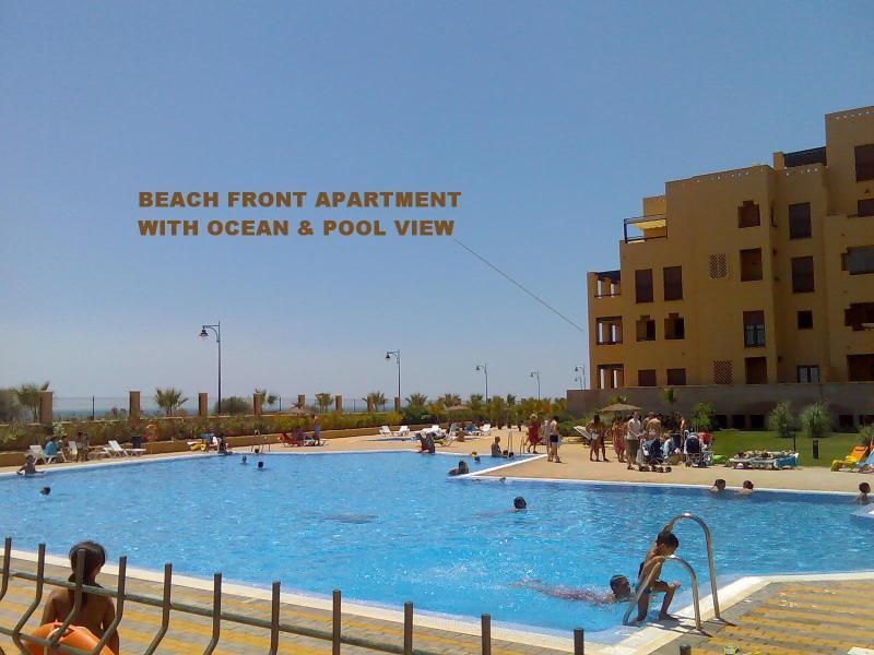 Vista del apartamento desde la piscina