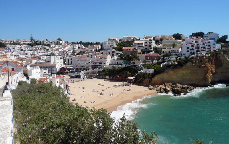 Carvoeiro beach is only 5 minutes leisurely  walk from the apartment.
