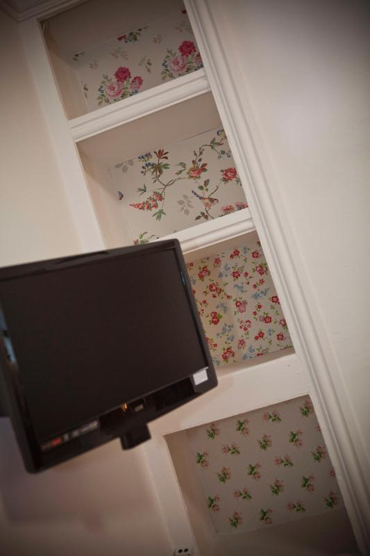 If you like Cath Kidston you'll love the cottage.