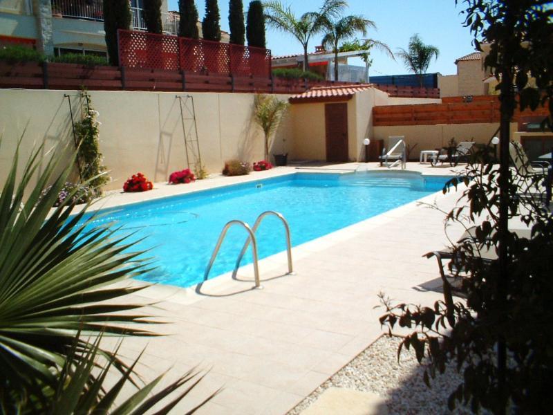 Private 10m x 5m Cool Pool