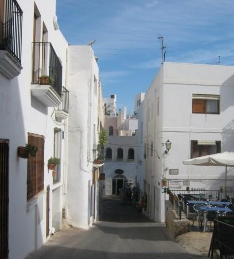 White villages nearby including the lovely Moorish old town of Mojacar