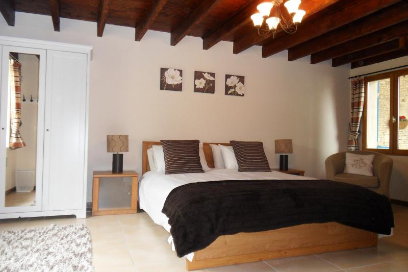 Le Pineau double bedroom with king sized bed