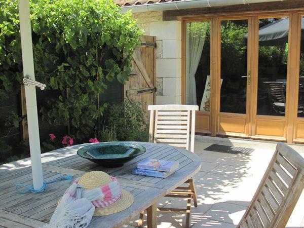 Lovely sunny terrace for alfresco dining