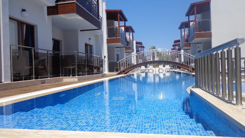Siesta Garden Holiday Apart.01, holiday rental in Turgutreis