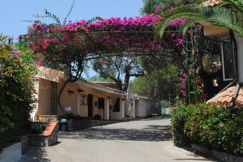 Villaggio Camping dell'Isola, holiday rental in Lentiscosa