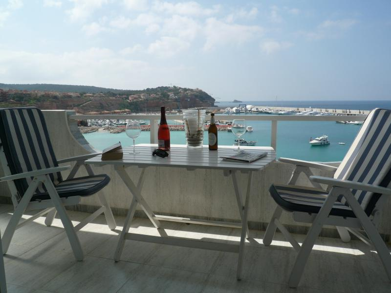 Casa Benisi  SPECIAL OFFER NOW WITH 20 % off bookings between March & July 2021, holiday rental in Santa Ponsa