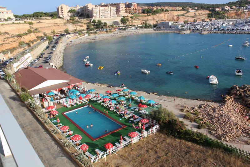Het zwembad & Restaurant gebied