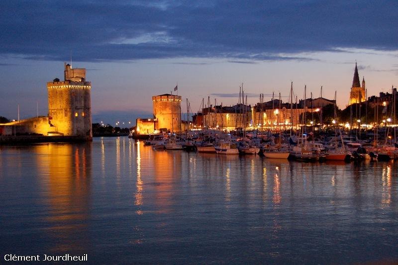 La Rochelle tower at night