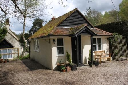 The Amberfold Lodge, holiday rental in Haslemere