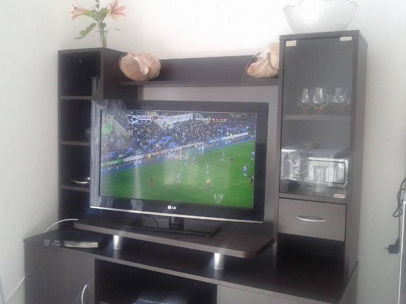 Lcd +usb(avi,jpg,mp3) sat tv