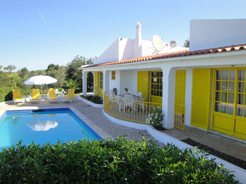 Quinta do Mirante - Front & Swimming Pool