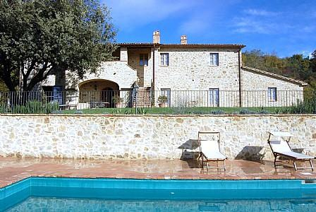 Schine Villa Sleeps 8 with Pool and WiFi - 5228764, holiday rental in Morra