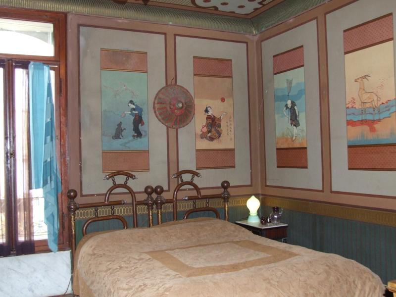 curiosa camera da letto 'giapponese', affrescata ai primi del 900
