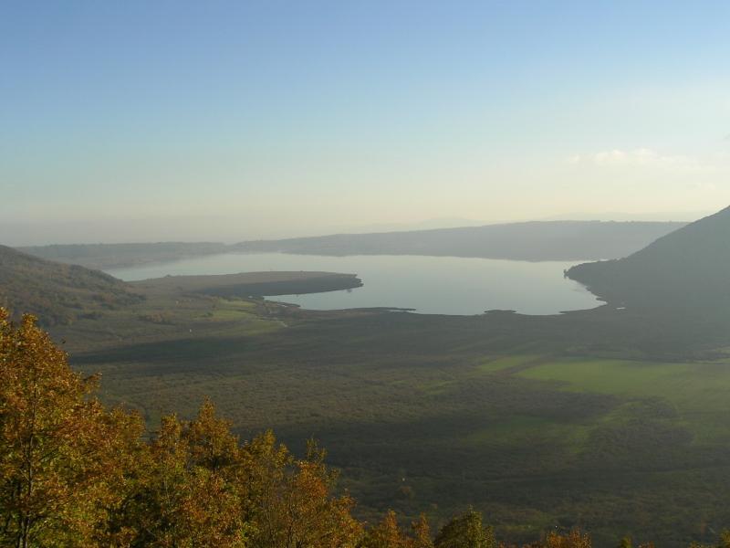 Lago de Vico, 7 km