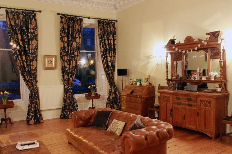 Very Spacious & Ornate Living Room