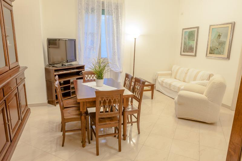 Romae Gianicolo between Trastevere and Vatican, holiday rental in Rome