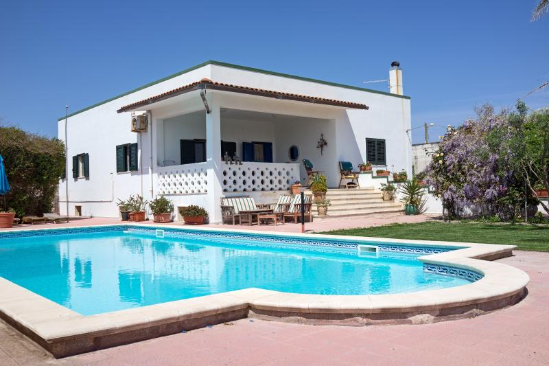 Casa Mare, the perfect Puglia villa, for relaxing, exploring, enjoying.