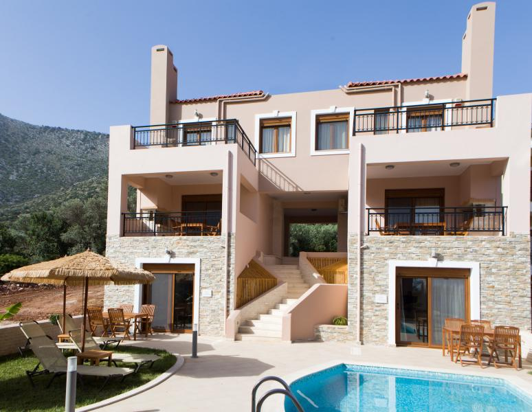 Suite Apollo and Demetra on ground floor and 3 bedroom villa Zeus and Hera above