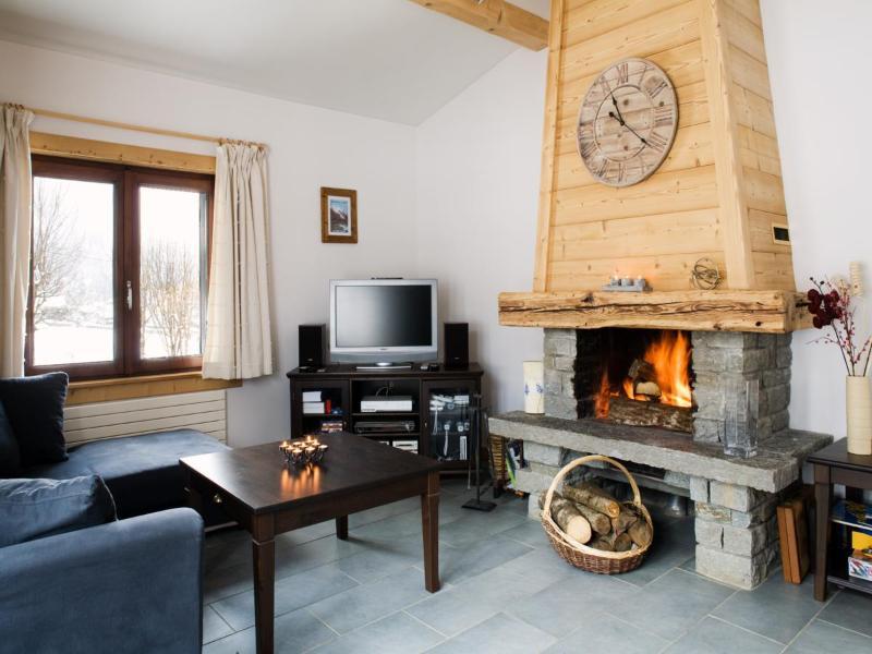 Chalet Dahu ~ Fireplace