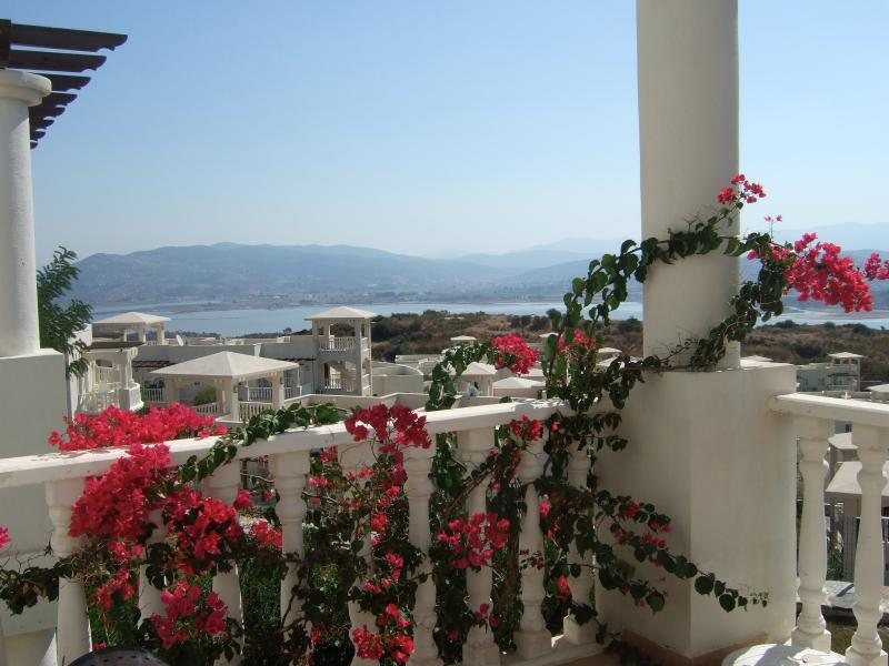 The Flamingo Country Club, holiday rental in Camlik