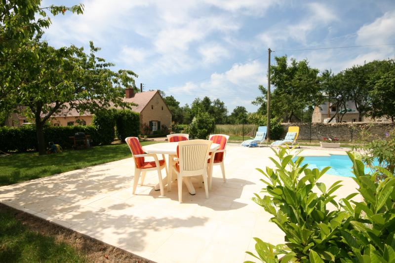 Les Parillers, vacation rental in Chateauneuf-sur-Sarthe