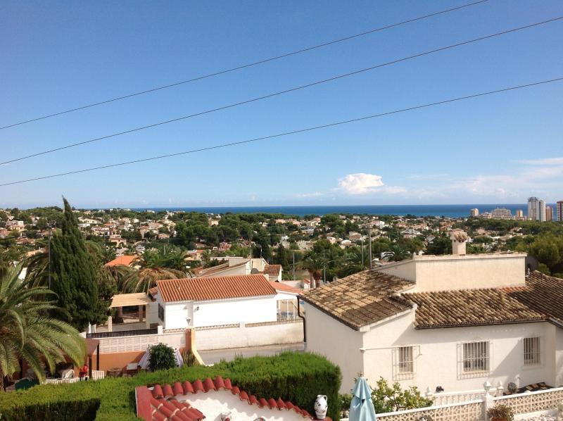 Vista panorâmica do mar novamente da villa