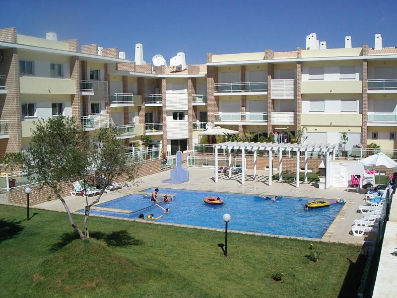 Casa Alvor. Luxury 2 bedroom apartment, location de vacances à Alvor
