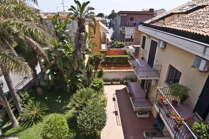 Mare - AcquaMarina Case, holiday rental in Scillichenti