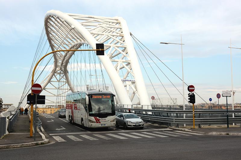 the new bridge 'GARBATELLA'