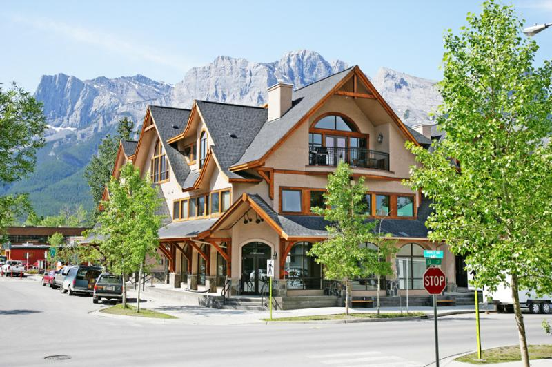 Mistaya Condo, holiday rental in Canmore