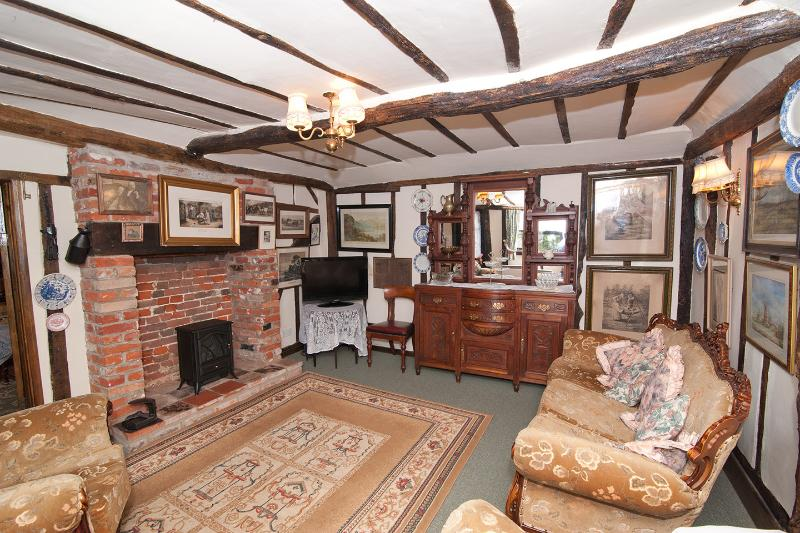 Pump cottage, holiday rental in Harleston
