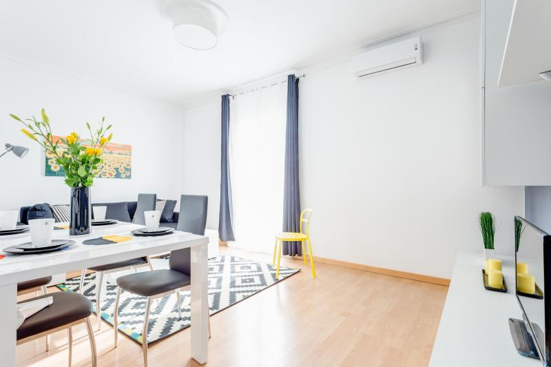 No Comfortable apartment next to Apolo theater, holiday rental in Barcelona