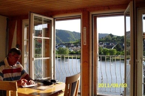 Mosel Balcony Apartment