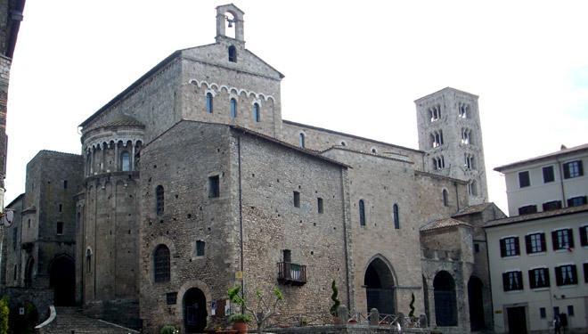 Cattedrale di Anagni a 10 minuti dalla casa