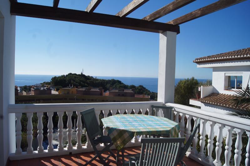 Vue depuis la terrasse supérieure du promontoire et phare