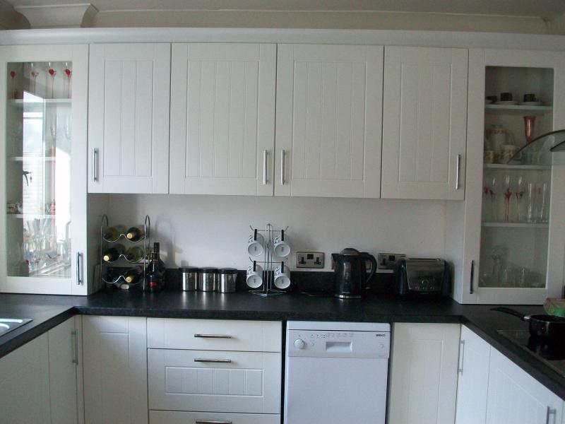 Tollers, holiday rental in Caterham