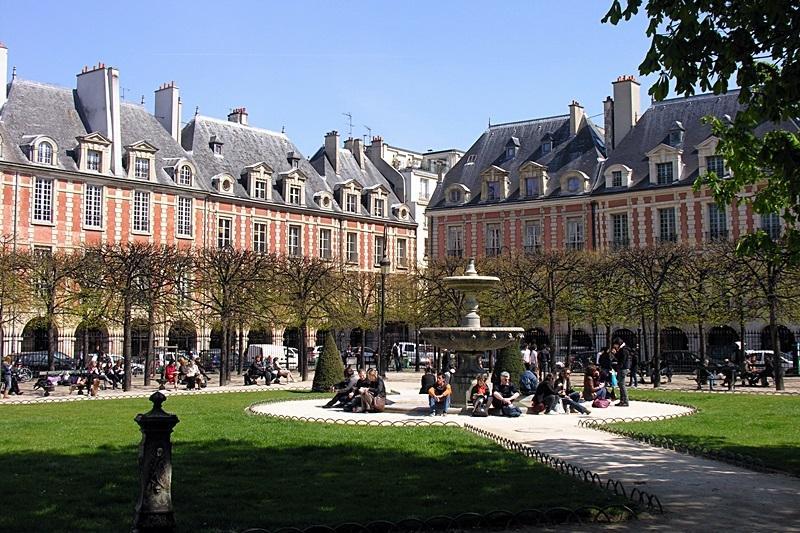 Charming flat in le Marais, location de vacances à Paris