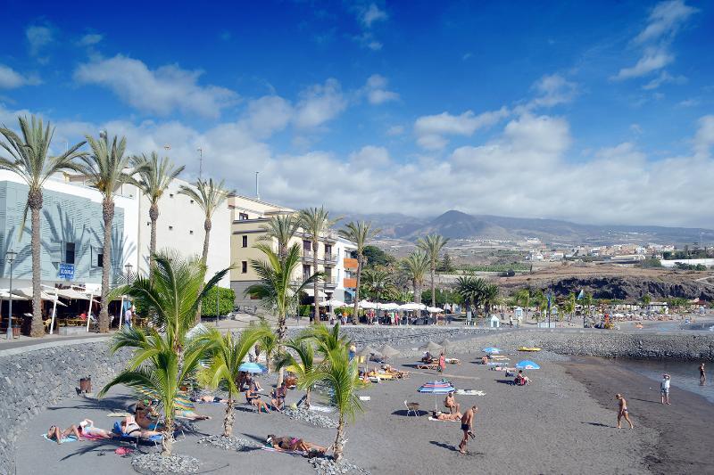 Playa de San Juan Promenade