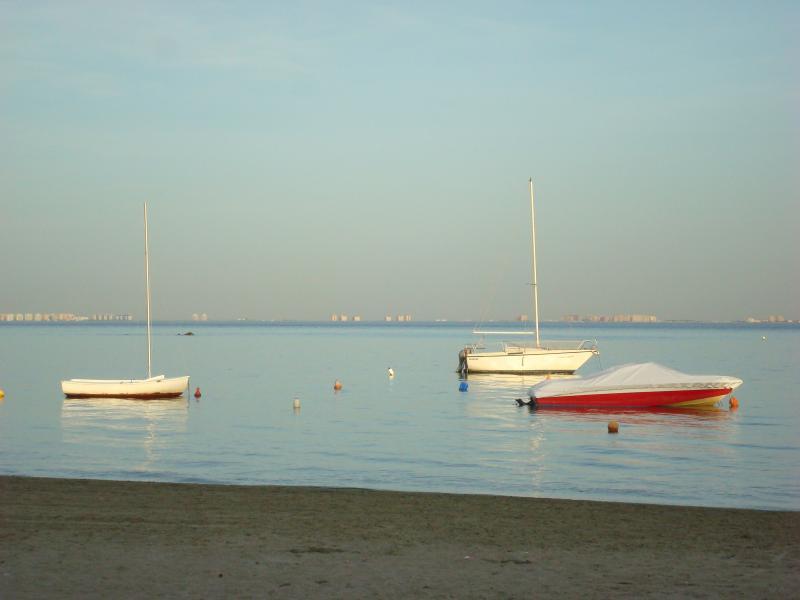 5 Min walk to the beach