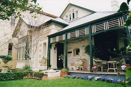 'Water Bay Villa' Bed and Breakfast - Glenelg, vacation rental in Unley
