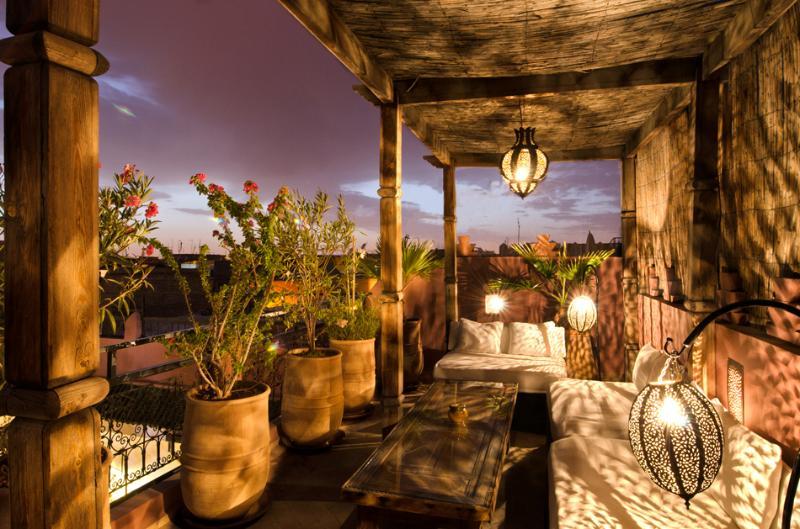 Terrasse de coucher du soleil donnant sur Marrakech...