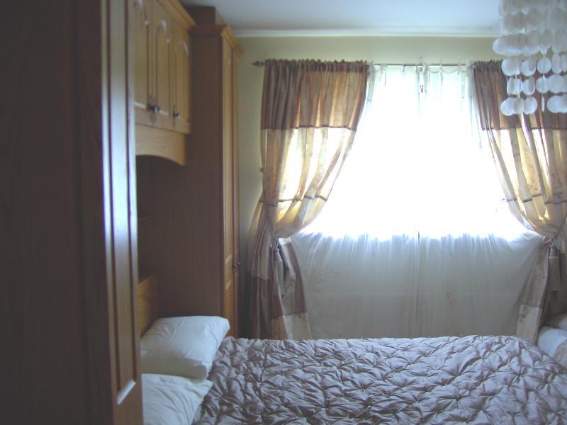 Bedroom 1 en-suite room