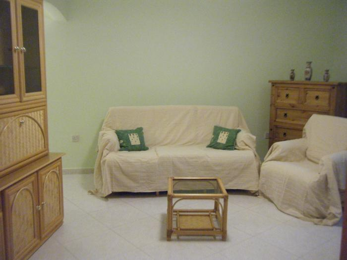 Periwinkle Holiday Apartment, holiday rental in St. Paul's Bay