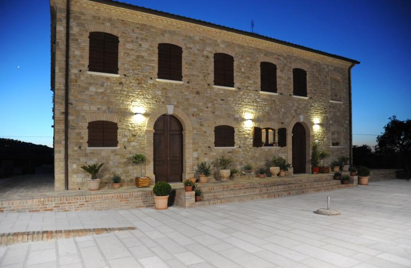 Country House al tramonto