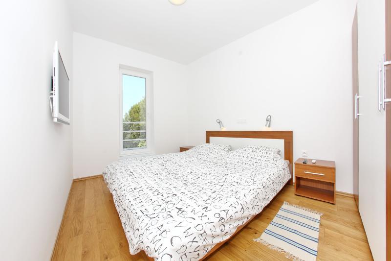 Master bedroom - window