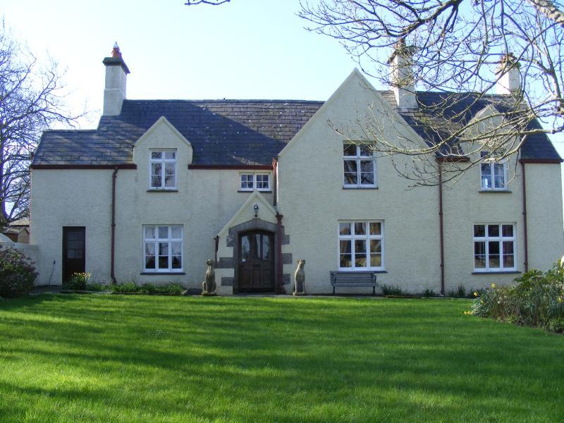 Glan Tywyn Hall